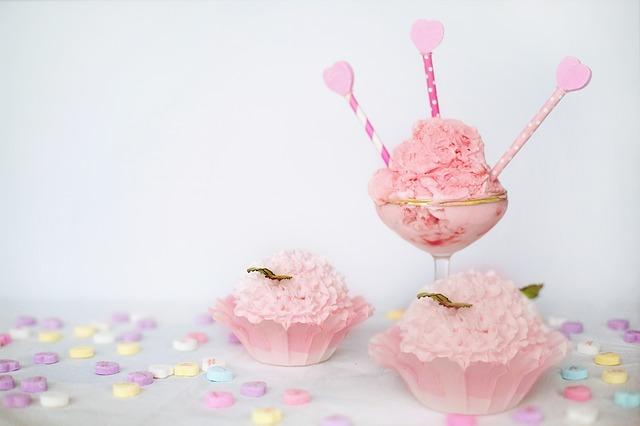 růžová zmrzlina.jpg