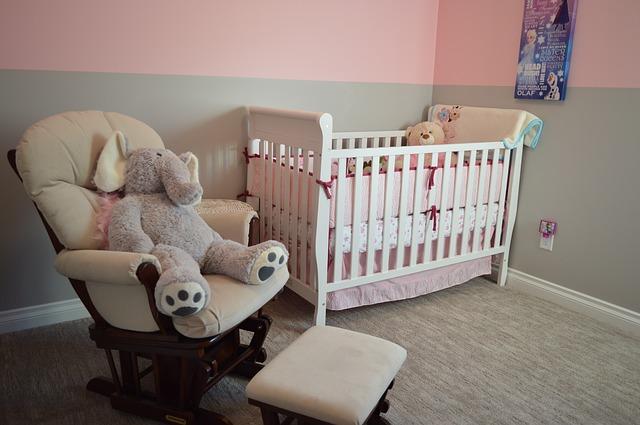 posezení v dětském pokoji